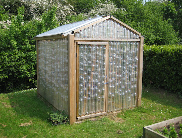 10 easy diy free greenhouse plans survive the crisis 2 recycled plastic bottle greenhouse solutioingenieria Images